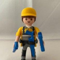 Playmobil: PLAYMOBIL OBRERO SERIE 11. Lote 238517975