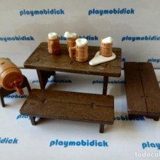 Playmobil: PLAYMOBIL MESA CON JARRAS DE CERVEZA CON ESPUMA Y TONEL BELEN MEDIEVAL. Lote 239846185