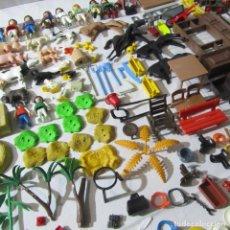 Playmobil: LOTE DE FIGURAS Y ACCESORIOS DE PLAYMOBIL (VER FOTOS ADICIONALES). Lote 239888950