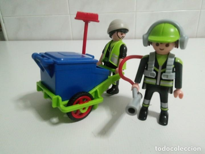 PLAYMOBIL SERVICIO DE LIMPIEZA Nº 1580 CARRO DE BASURA ,Y 2 BARRENDEROS Y COMPLEMENTOS (Juguetes - Playmobil)
