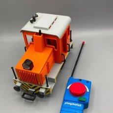 Playmobil: PLAYMOBIL 4085 LOCOMOTORA CON MANDO. Lote 248193035