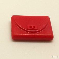 Playmobil: PLAYMOBIL MONEDERO ROJO MUJER BILLETERA BOLSO MANO TIENDA CENTRO COMERCIAL. Lote 255942635