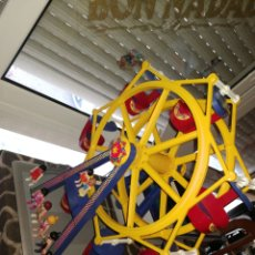 Playmobil: NORIA PLAYMOBIL CON FIGURAS Y CATALOGO. Lote 262271635