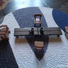 Playmobil: LOTE 4 SILLAS, DOS MESAS, TRONO, MEDIEVAL - PLAYMOBIL ACCESORIOS. Lote 262731505