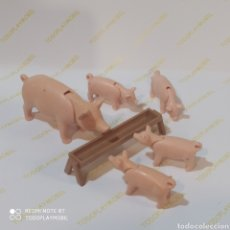 Playmobil: PLAYMOBIL FAMILIA DE CERDITOS. Lote 267492849