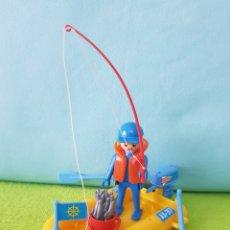 Playmobil: PESCADOR CON BOTE AMARILLO VINTAGE DE PLAYMOBIL, REF 3574. Lote 287048063