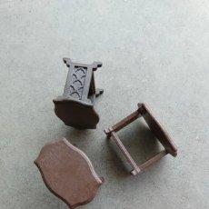 Playmobil: PLAYMOBIL - (SOLO UNA) MESA MESITA MUEBLE TOCADOR MARRON VICTORIANO. Lote 290172858