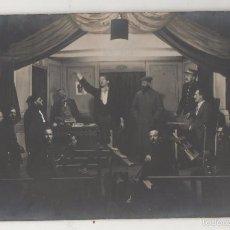 Postales: POSTAL FOTOGRÁFICA PRISIONEROS BELGAS REPRESENTAN OBRA DE TEATRO. CAMPO DE MUNSTERLAGER. 1915.. Lote 55887499