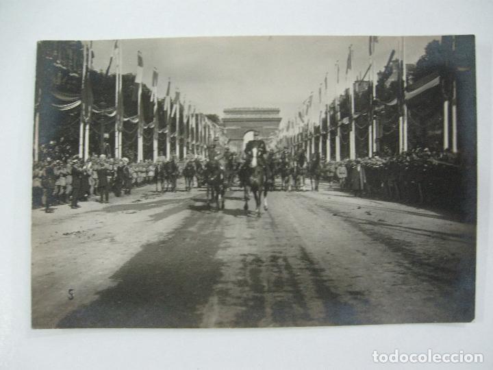 Postales: Lote de 13 postales fotográficas 1919 Paris desfile de la victoria 1ª guerra mundial - Foto 6 - 67458229
