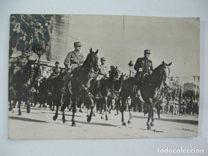 Postales: Lote de 13 postales fotográficas 1919 Paris desfile de la victoria 1ª guerra mundial - Foto 12 - 67458229