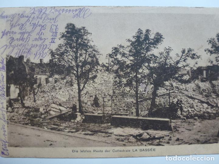 POSTAL ANTIGUA FRANCESA. CIRCULADA. RESTOS DE LA CATEDRAL LA BASSÉE. (Postales - Postales Temáticas - I Guerra Mundial)