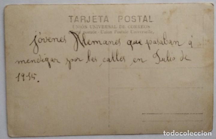 Postales: 7389 - JOVENES ALEMANES QUE PASABAN A MENDIGAR- TARJETA POSTAL 1ª GUERRA MUNDIAL JULIO 1915 - Foto 2 - 276111343