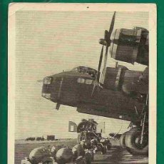 Postales: TARJETA POSTAL AVION BRITANICO STIRLING CON PARTE DEL CARGAMENTO DE BOMBAS - SIN CIRCULAR. Lote 20983166