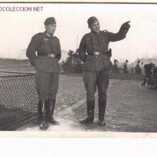 Postales: FOTO POSTAL DE MILITARES ALEMANES EN HOLANDA. 19-4-1941 .. Lote 1005995