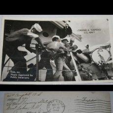 Postales - POSTAL DE AMERICANOS CARGANDO TORPEDO EN LA 2ª SEGUNDA GUERRA MUNDIAL - 30641227