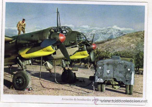 AVIACIÓN DE BOMBEROS Y STUKAS ALEMANES JU 88 TOMANDO ESENCIA. FOTO OTTAHALL. SIN CIRCULAR. (Postales - Postales Temáticas - II Guerra Mundial y División Azul)