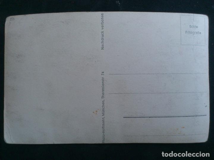 Postales: ANTIGUA POSTAL HITLER DANDO LA MANO Y LAS GRACIAS A UNA NIÑA, FOTO HOFFMANN - Foto 2 - 62256068
