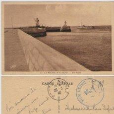 Postales: 1940, FRANCIA, POSTAL CIRCULADA, BASE NAVAL DE LA ROCHELLE - PALLICE. MARCA FRANQUICIA DE LA MARINA. Lote 103980427