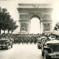Postales: LIBERACIÓN DE PARÍS- AÑO 1944-DESFILE DE LAS TROPAS AMERICANAS- FOTOGRÁFICA- RARA. Lote 109691591