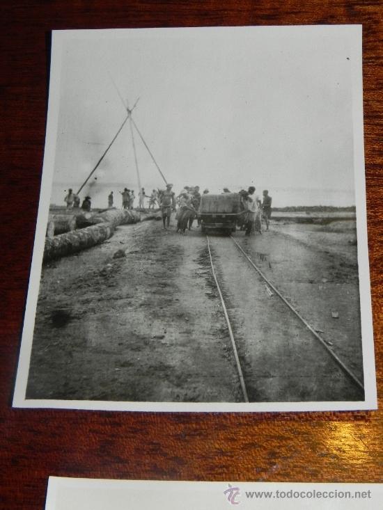 ANTIGUA FOTOGRAFIA DE GUINEA ECUATORIAL, COLONIA ESPAÑOLA, TRABAJADORES DEL FERROCARRIL, MIDE 10,5 X (Postales - Postales Extranjero - África)