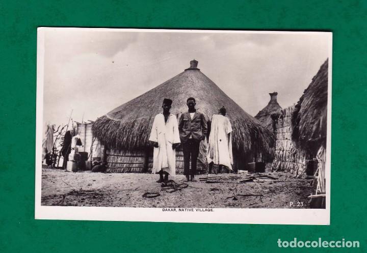 ANTIGUA POSTAL DAKAR NATIVE VILLAGE P23 (Postales - Postales Extranjero - África)