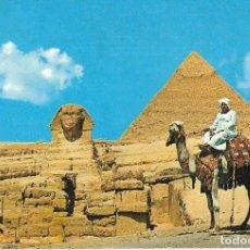 Postales: == PJ29 - POSTAL - GIZA - THE SPHINX WITH KHPHREN MYKERINOS PYRAMIDS. Lote 107811087
