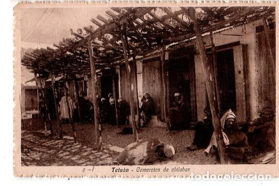 TARJETA POSTAL DE TETUAN. MARRUECOS. COMERCIO DE CHILABAS. (Postales - Postales Extranjero - África)