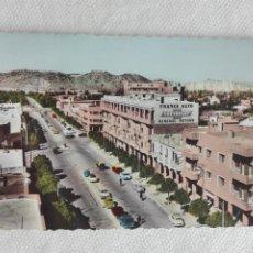 Postales: 901 POSTAL - MARRUECOS - BROMOCOLOR 1113 - MARRAKECH / CHEVROLET GRAL MOTORS COCHE MAT 1962. Lote 190988326