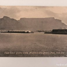 Postales: TARJETA POSTAL DE CAPE TOWN DOCKS, TABLE MOUNTAIN AND DEVIL'S PEAK, FROM SEA.. Lote 205259235