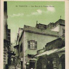 Postales: TANGER, MARRUECOS. Nº 55, UNE RUE DE LA FUENTE-NUEVA. ED. LEBRUN FRÉRÉS. MACON.. Lote 211973581
