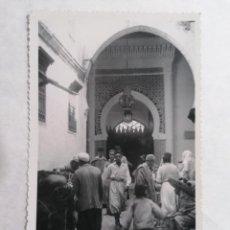 Postales: POSTAL TETUAN, MEZQUITA GRANDE, FOTO CALATAYUD, AÑO 1952. Lote 244542610