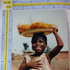 Postales: POSTAL DE ÁFRICA SUBSAHARIANA. ESCENA VIVA TIPISMO FOLKLORE ÉTNICA. NIÑA VENDEDORA. 824. Lote 261964875
