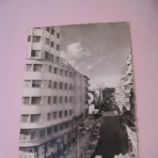 Postales: POSTAL FOTOGRÁFICA DE TANGER. VUE GÉNÉRALE SUR LE BD. PASTEUR. ED. ELGALY. ESCRITA 1957.. Lote 268896769