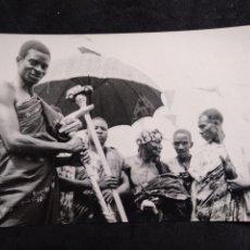 Cartes Postales: POSTAL * GHANA LINQUISTS* FOTO ABURA STUDIO - TAKORADI. Lote 278303323
