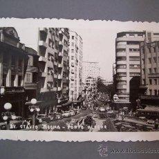 Postales: FOTO POSTAL DE BRASIL, PORTO ALEGRE - AV OTAVIO ROCHA- ESCRITA 1954, SIN CIRCULAR. Lote 23296354