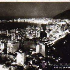 Postales: RIO DE JANEIRO COPACABANA DE NOITE ESCRITA SIN CIRCULAR . Lote 32495847