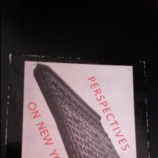 Postales: POSTALES DE NEW YORK EN SU CAJA. PERSPECTIVES ON NEW YORK. THE METROPOLITAN MUSEUM OF ART.. Lote 84299484