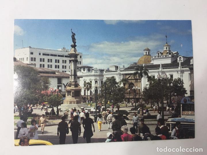 POSTAL ECUADOR, MONUMENTO A LA INDEPENDENCIA EN LA PLAZA MAYOR - QUITO (Postales - Postales Extranjero - América)