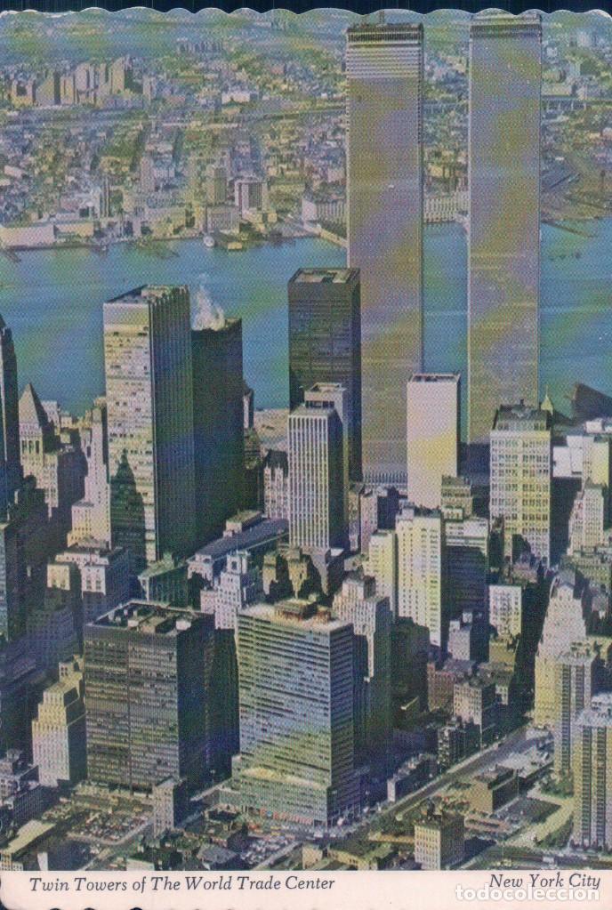 POSTAL TWIN TOWERS OF THE WORD TRADE CENTER - NEW YORK CITY - TORRE GEMELAS (Postales - Postales Extranjero - América)