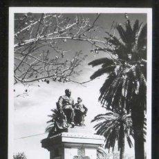 Postales: ARGENTINA. SAN JUAN. *MONUMENTO A SARMIENTO* FOTO SAPERE. ESCRITA, TAMPÓN AL DORSO.. Lote 8498257
