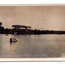 Postales: POSTAL FOTOGRÁFICA REVOLUCIÓN MEXICANA 1910, CHAPULTEPEC. LAGO Y AUTOMOVIL CLUB. Lote 115524755