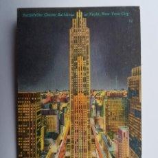 Postales: ROCKEFELLER CENTER BUILDINGS AT NIGHT. Lote 130139263