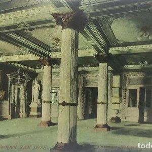 Entrada del Teatro Nacional San José de Costa Rica. Tarjeta postal antigua. República de Costa Rica