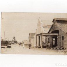Postales: CALZADA DE OÑA Y FUNDICIÓN, SAGUA LA GRANDE.(CUBA).- OCTUBRE 1914 - POSTAL FOTOGRÁFICA.. Lote 178044864