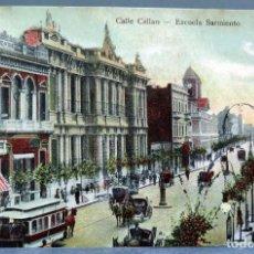 Cartoline: POSTAL BUENOS AIRES ARGENTINA CALLE CALLAO ESCUELA SARMIENTO REGALIA SIN DIVIDIR ESCRITA H 1900. Lote 195298391