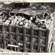 Postales: THE GREAT NEW ENGLAND HURRICANE OF 1938. WRECK OF KANES FURNITURE STORE. MASS. Lote 196138620