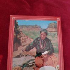 Postales: TARJETA POSTAL - HACIENDO PAN NAVAJO - USA - MONUMENT VALLEY. Lote 211387160