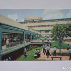 Postales: POSTAL. CUBA SECUNDARIA BÁSICA EN EL CAMPO BATALLA DEL JIGUE. FOTO ESTUDIOS REVOLUCIÓN. NO ESCRITA.. Lote 221893943