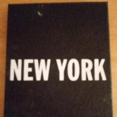 Postales: NEW YORK - CAJA CARTÓN CON 25 POSTALES - SIN CIRCULAR. Lote 237071885