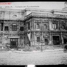 Postales: ANTIGUA POSTAL DE SEVILLA - FACHADA DEL AYUNTAMIENTO. Lote 991008